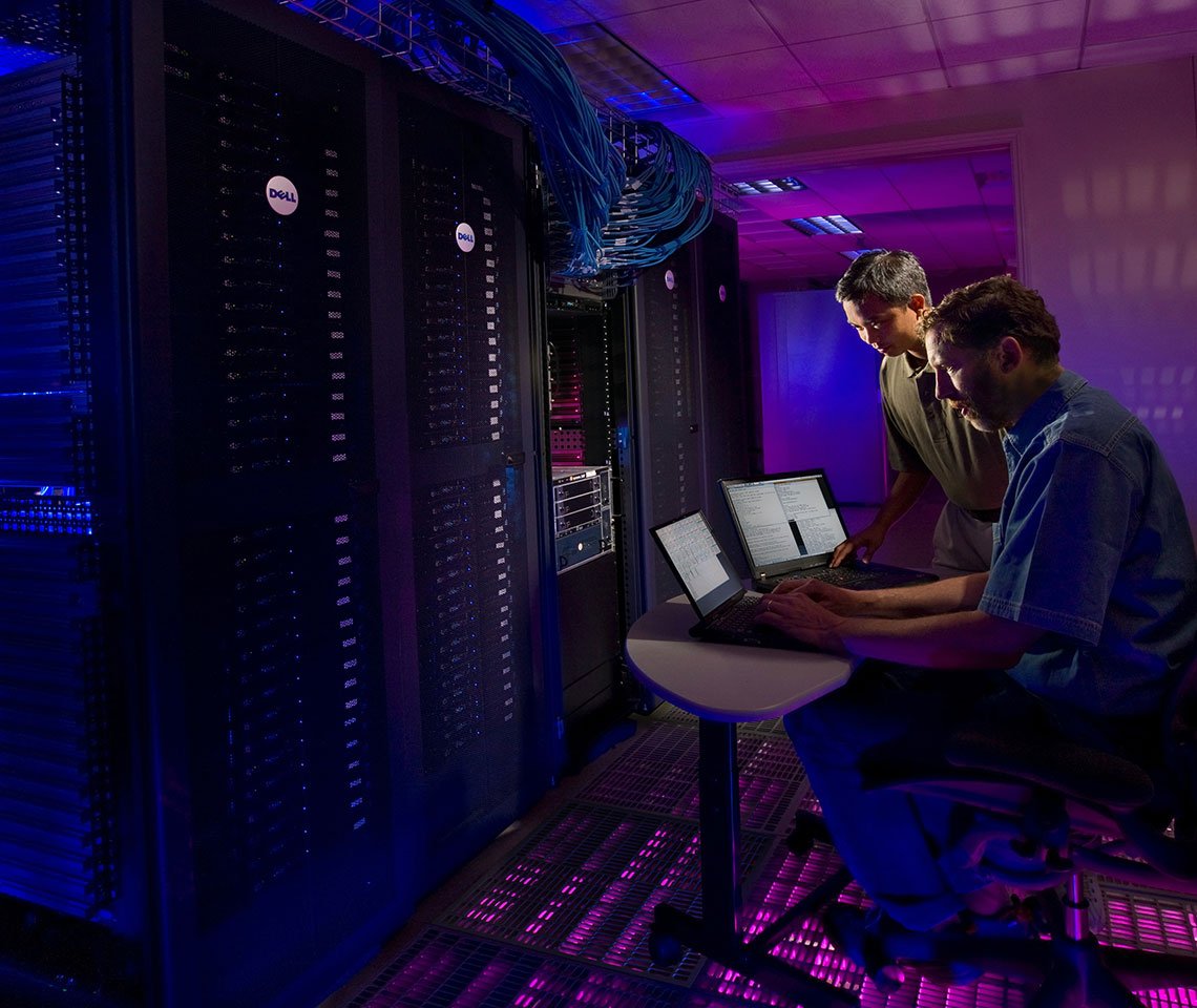 Distline networking server